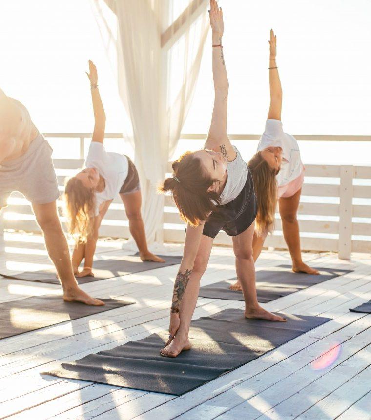 Una sequenza yoga da praticare: posizioni e transizioni