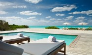 Parrot Cay 7