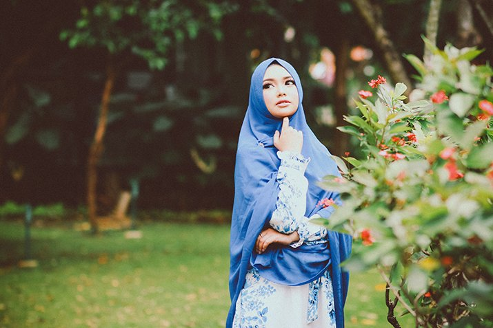 Tutte le varianti del velo islamico: burqa, chador, hijab