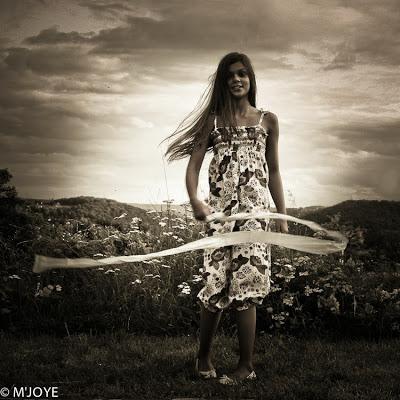 """""""Ce que la chenille appelle fin du monde, le reste du monde l'appelle papillon"""". Lao Tseu"""