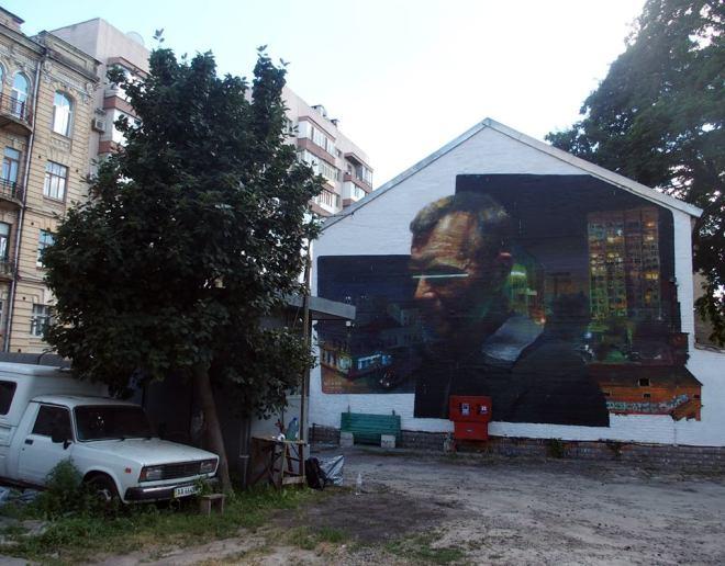 sebas-velasco-new-mural-kiev-ukraine-01