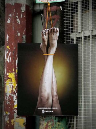 Legs-ambient-marketing-abuse-1_m