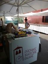 La gelateria delCaffè La Crepa: macchina TELME e frigorifero IFI