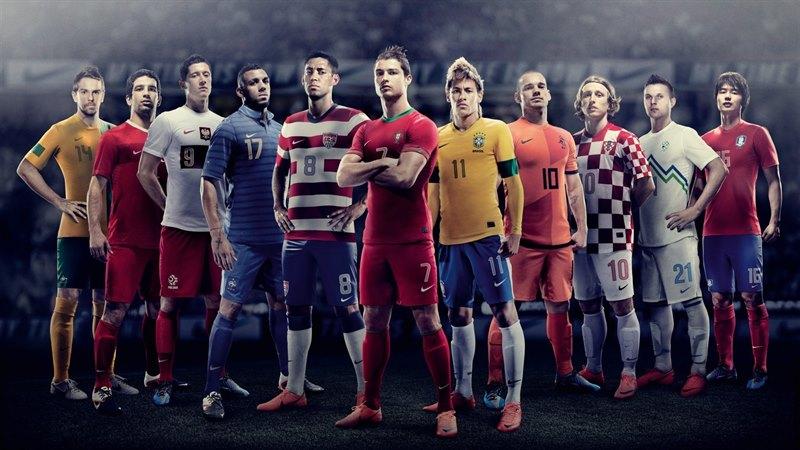 أجمل خلفيات وصور لاعبيين مشهورين و رياضيين في كرة القدم لحن الحياة