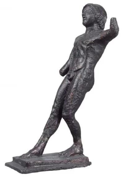 Βρέθηκε μαζί με παρόμοιο αγαλμάτιο που παριστάνει αθλητή -  δρόμου στην εκκίνηση και αφιερώθηκαν στο ιερό του Διός της Ολυμπίας από κάποιον νικητή στο πένταθλο. Φέρει αναθηματική επιγραφή ΤΟΔΙFΟΣΙΜΙ. Περίπου 490 π.Χ.