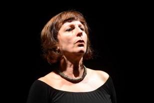 Ilíada, Canto 4 – Lala Scremin – Teatro Londrina, Memorial de Curitiba - Fotografia Gilson Camargo