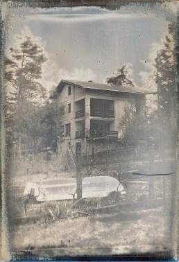 neighbour house, 10x15cm daguerreotype