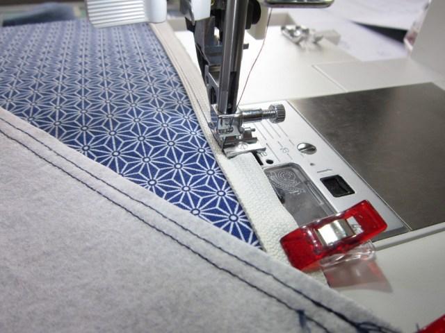 Premiers essais en couture à la machine