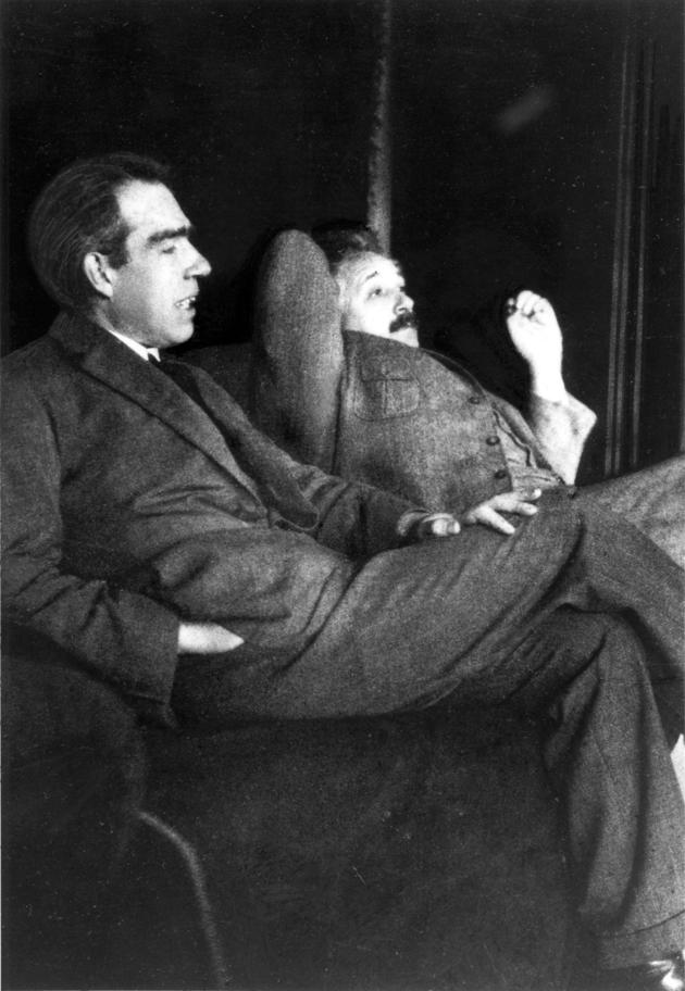 Albert Einstein and Niels Bohr