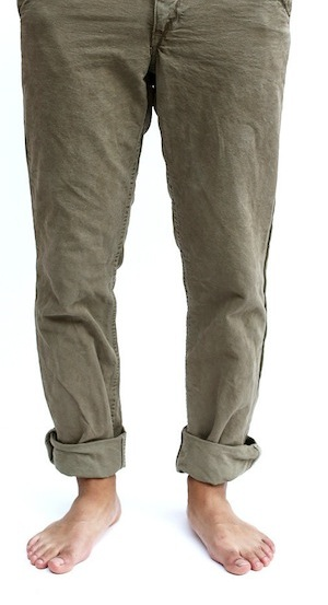 shiitake natural dyed chino