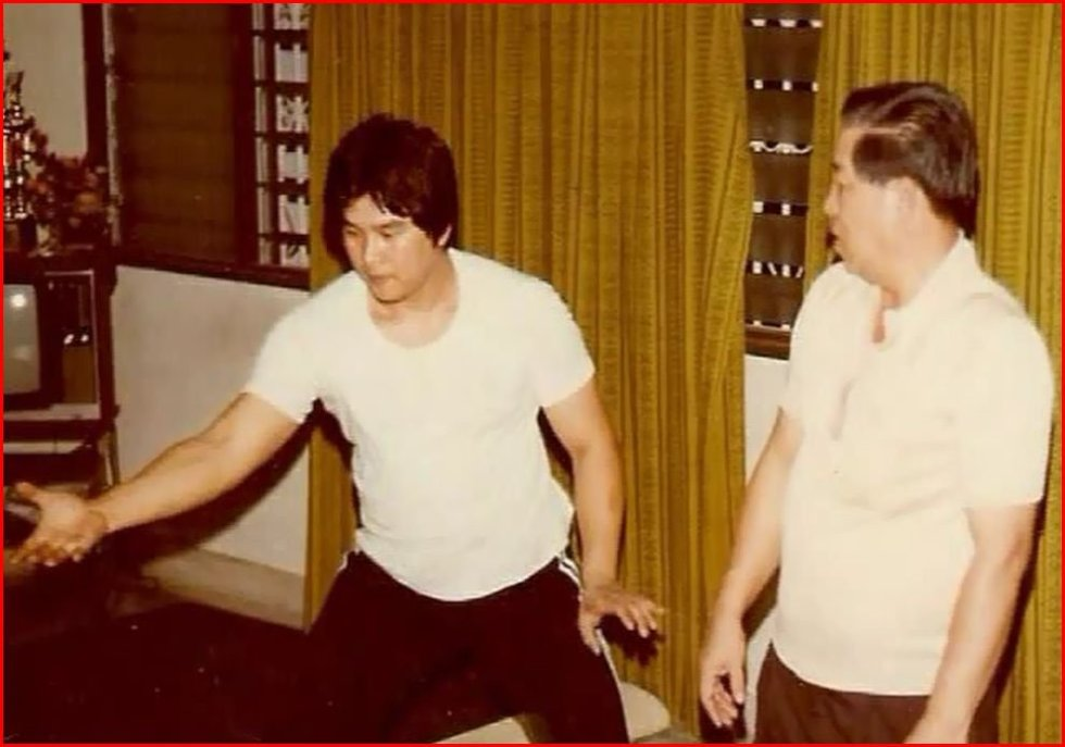 GM Sam Chin training under the watchful eye of his father in circa 1976