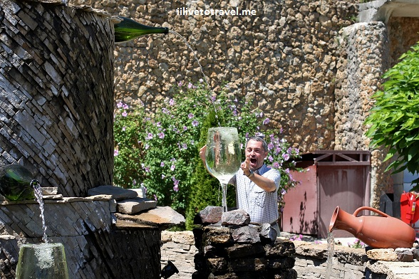 Fountain in the gardens of Milestii Mici winery in Moldova