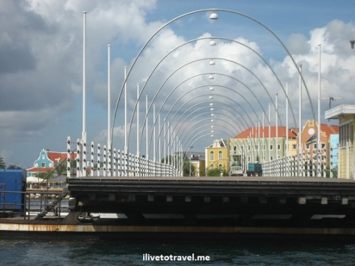 Curacao floating bridge in Willemstand