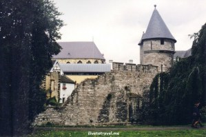 Onze-Lieve-Vrouweval, Maastricht, The Netherlands, Meuse River, Maas, architecture, history, city walls, travel, photo, Canon EOS Rebel, city walls,