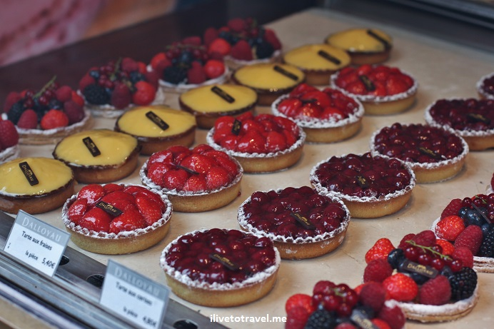 fruit tart, pastry, Paris, France, food, foodie, delicious, travel