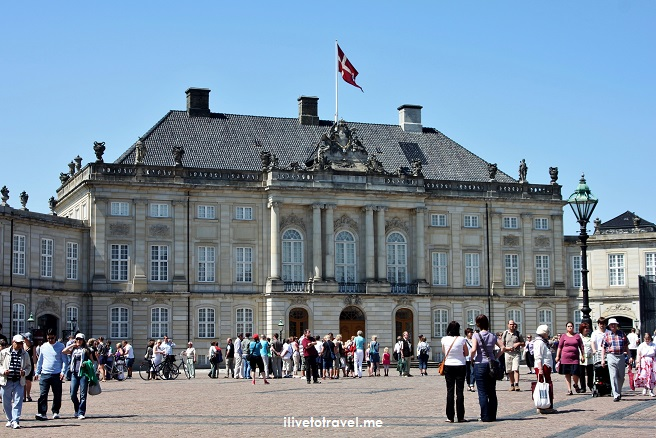 Amalienborg Palace, Copenhagen, Denmark, travel, photo, Canon EOS Rebel, royalty, architecture