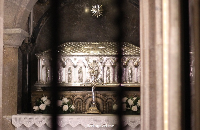Cathedral, Santiago de Compostela, Plaza del Obradoiro, Camino, The Way, pilgrimage, Spain, España, Espagne, travel, St. James' tomb, photo, Canon EOS Rebel