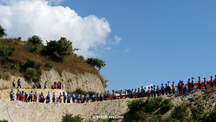 Nepal, Kumari, Nuwakot, marigold, schoolchildren