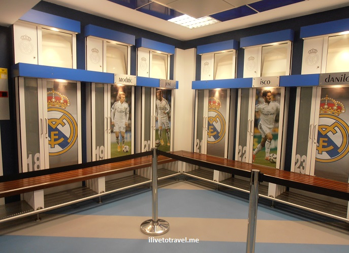 Bernabeu, Madrid, museum, museo, Real Madrid, tour, Spain, tourism, travel, photo, Olympus, locker room