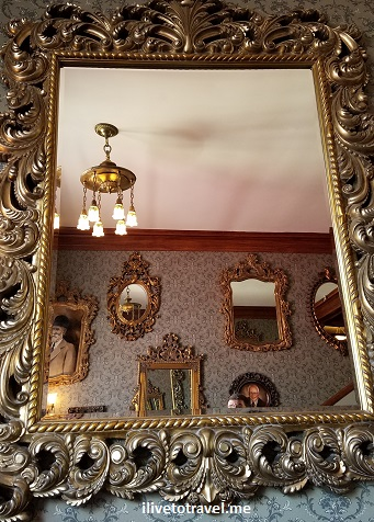 Stanley Hotel, Estes Park, Colorado, Rocky Mountain National Park, photo, tour, mirror
