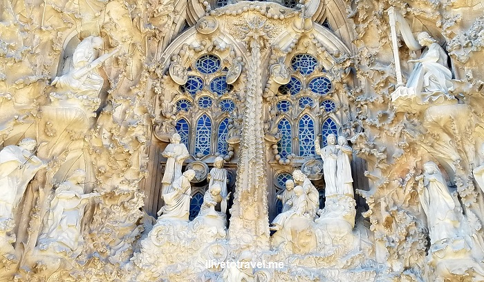 Barcelona, La Sagrada Familia, basilica, iglesia, church, Catholic, spire, Spain, Catalunya, Espana, Nativity façade
