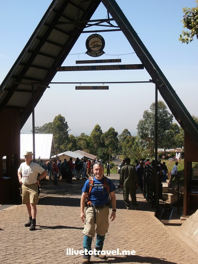 Kili, Kilimanjaro, Moshi, Tanzania, trekking, hiking, climbing, adventure, Africa, outdoors, photo, travel