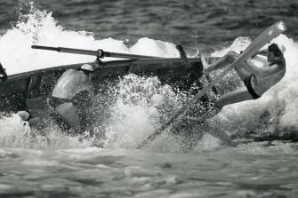 P27188 - Towradgi sweep Don Allen loses control during the rough seas at Fairy Meadow - 28 January 1989