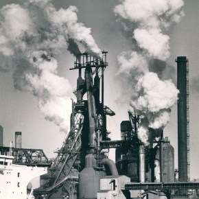25 June 1986 - No. 4 Blast Furnace, Port Kembla Steelworks - from the Illawarra Mercury Collection - P27264