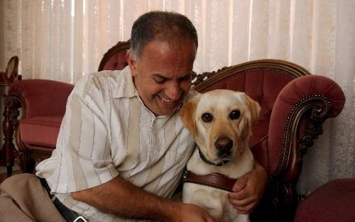 Tony Sarkis with his guide dog, Illawarra Mercury 2.10.09