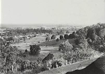 P05739 - Corrimal, looking south-east, c.1940