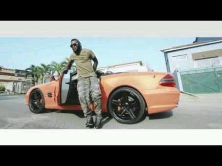 VIDEO + AUDIO   DJ Arafat – Bobitana