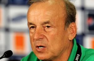 Super Eagles coach rejects Abuja house