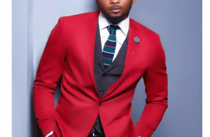 VIDEO | 'Don't ask me about BLEACHING again' – Sean Tizzle, as he walks out of interview