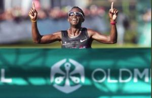 Double joy for South Africa in Two Oceans Marathon