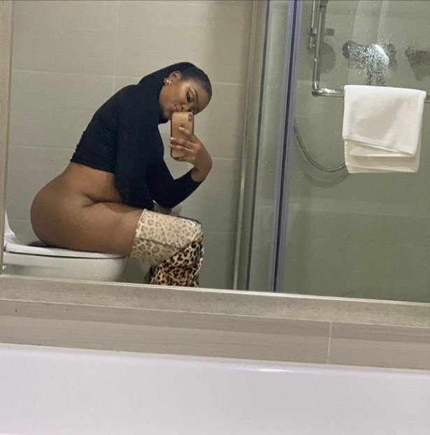 Photo of actress Etinosa sitting on the toilet with her naked bum on display hits the internet