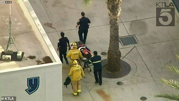 At least 6 injured in California high school shooting (Photos)