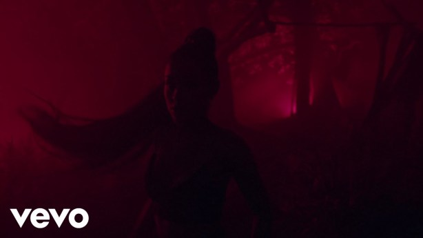 DOWNLOAD: Ariana Grande Ft. Nicki Minaj – The Light Is Coming (mp3)