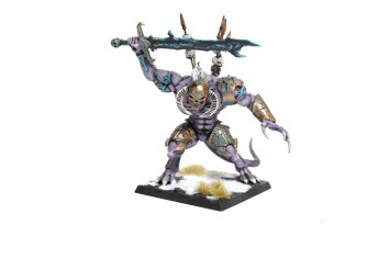 Should a champion of Krüll prove himself on the battlefield, the Gods shall award him by transforming him into an immortal Daemon Prince.
