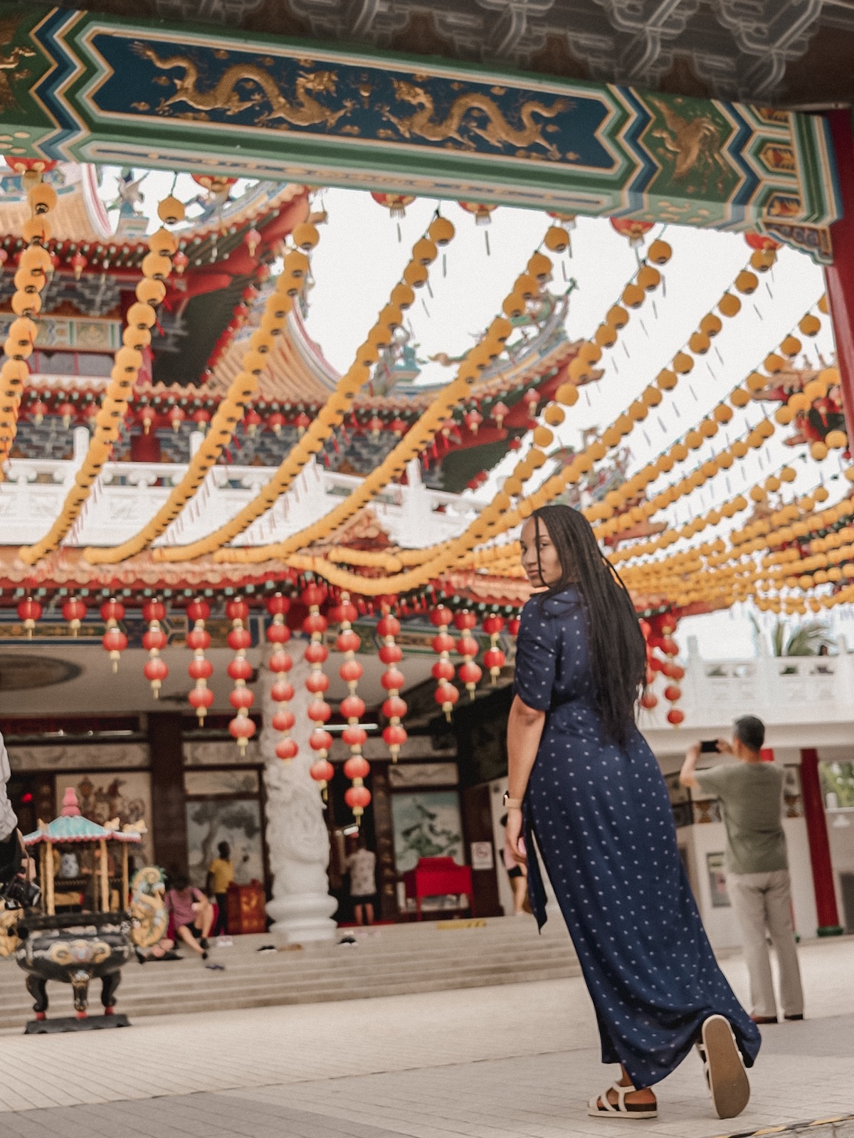 Illustrated by Sade - Standing in front of Thean Hou Temple entrance admiring decor