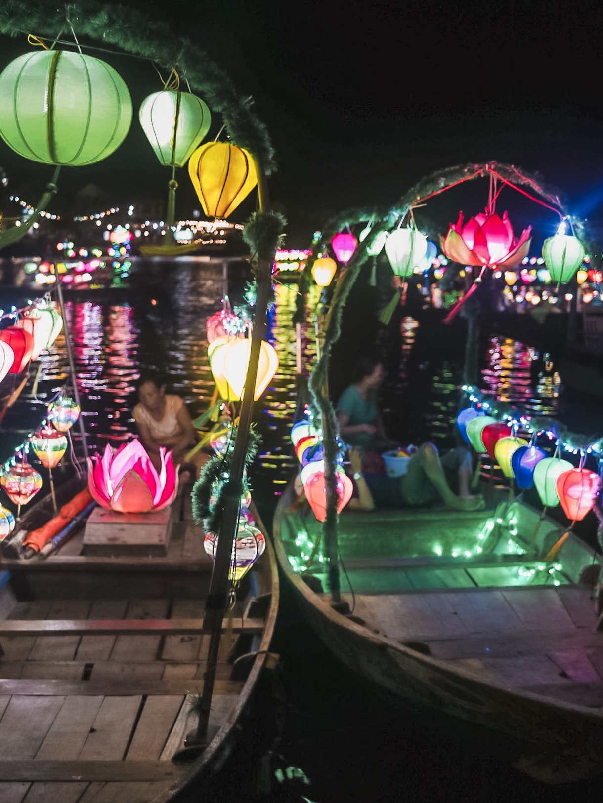 Illustrated by Sade - Lanterns on the boats of Hoi An, Vietnam