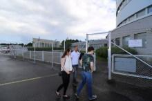 18.00. Pois liikennealueelta: Laukkanen päästi meidät takaisin portista. Hyviä ilmailusäitä!