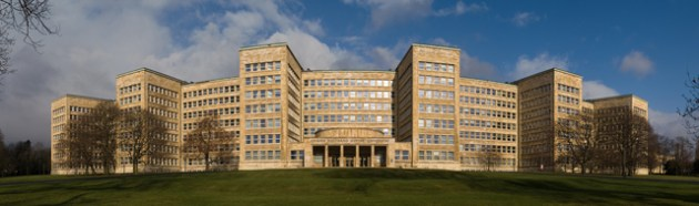 L'IG-Farben Gebäude Foto © Jürgen Matern/ Wikimedia Commons / CC BY-SA 3.0