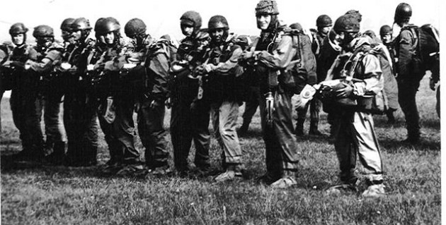 Soldati della Nationale Volksarmee (NVA)