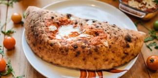 pizza nostra calzone napoletano