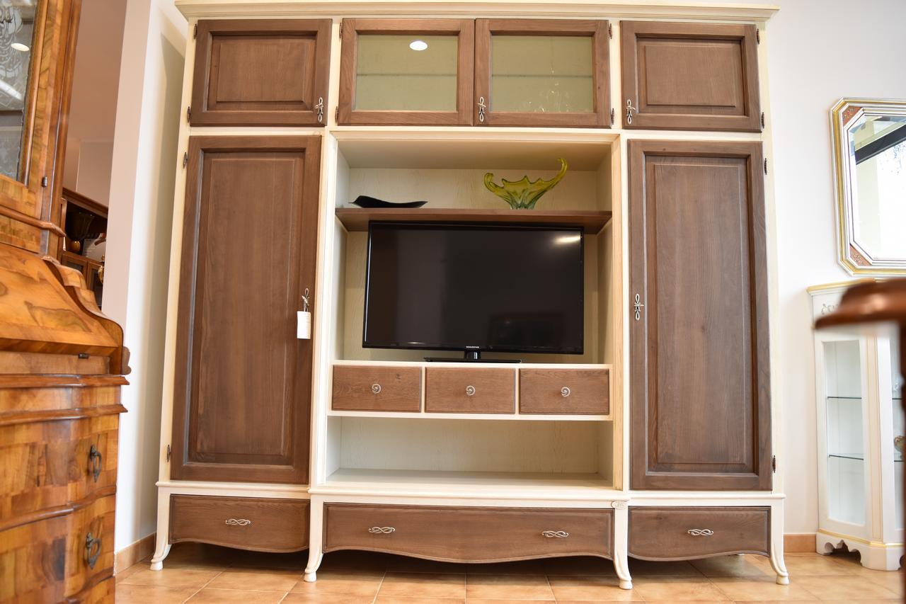 Credenza Arte Povera Bologna : Produzione mobili legni massello cerea veneto u e in arte