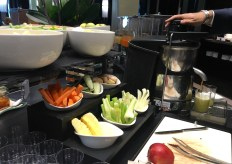 An individual juicing station at Gallia's breakfast