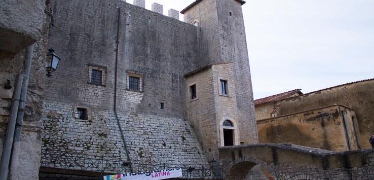 visita al castello baronale di maenza latina