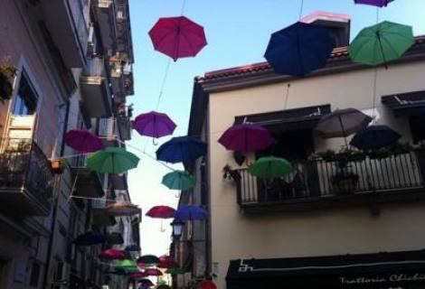 ombrelli colorati arte