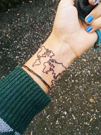 tatuaggio amanti dei viaggi