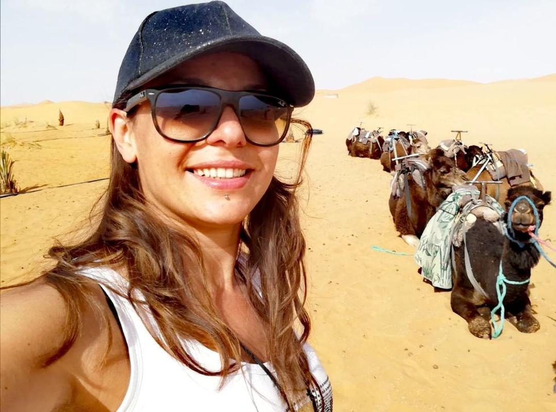 Mollare tutto per viaggiare in camper: l'intervista a Daniela De Girolamo